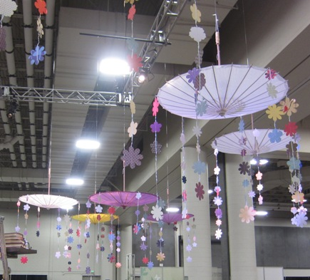 2011 Convention - flowers umbrellas