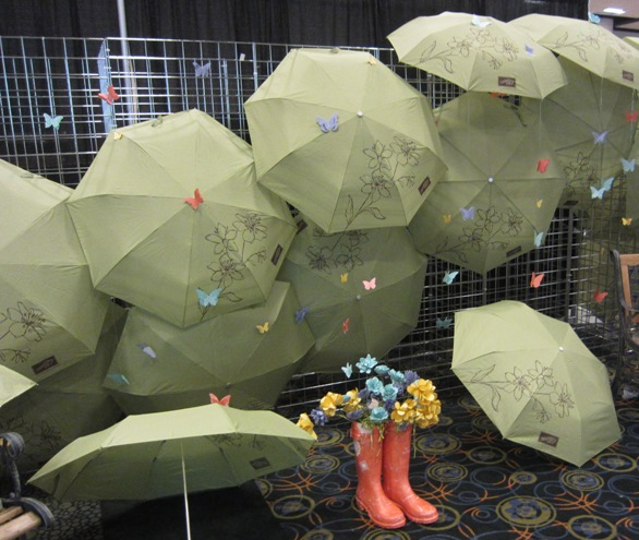 2011 Convention - Mall umbrellas