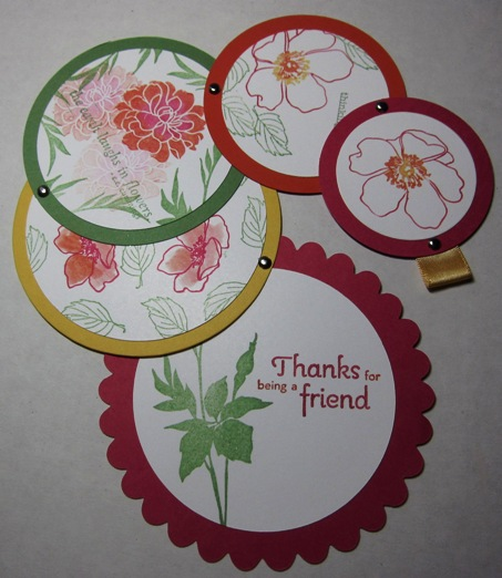 Telescoping circle card - curved open