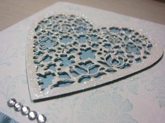 DC - blue glitter heart 2