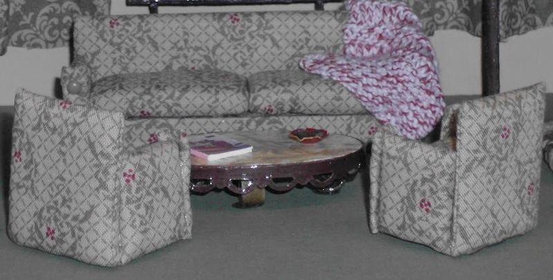 3 dollhouse - living room furniture