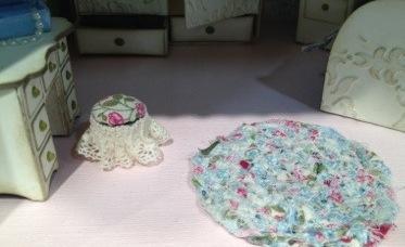 5 dollhouse - bedroom rag rug