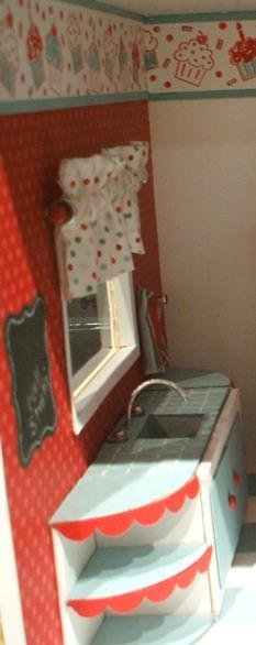 4 dollhouse - kitchen window sink