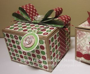Gift boxes - two cool peek