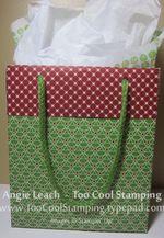Lg gift bag - mittens back