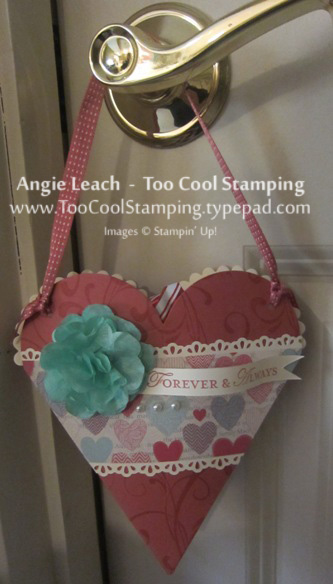 Heart pouch - hanging door