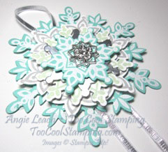 Festive flurry ornament mini