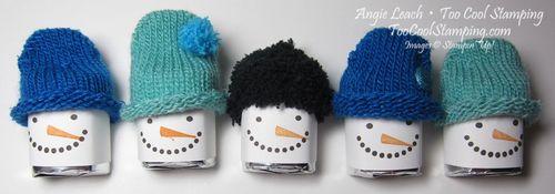 Snuggets - five hats