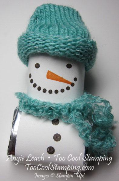 Snuggets - aqua with scarf