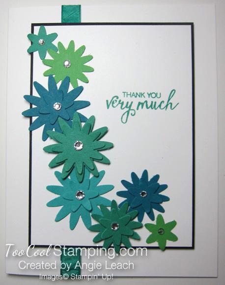 Blossom bunch falling - emerald envy