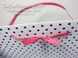 Pink love bag handle