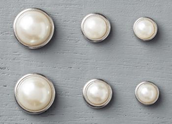 Metal rimmed pearls 138394G