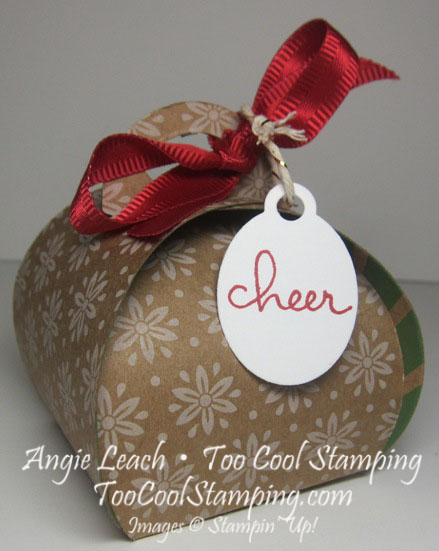 Curvy keepsakes under tree - craft