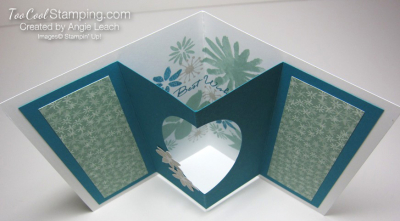 Blooms wishes tunnel card - indigo open3