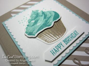 Sweet cupcake birthday - pool stripes 2