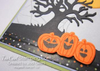 Jodi - spooky fun 003