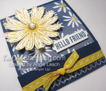 Delightful daisy post it note holder - navy 2