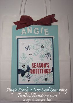 Angie's season's greetings card hanger