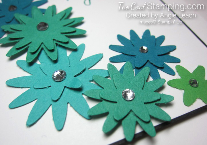 Blossom bunch falling - emerald envy 2