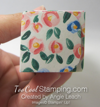 Mini square bottom treat pouch - small flower 3