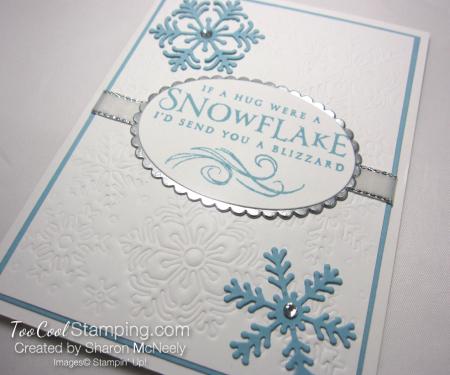 Beautiful Blizzard White Snowflake Hugs - balmy blue 2