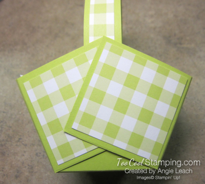 Gingham gala easter baskets - corners