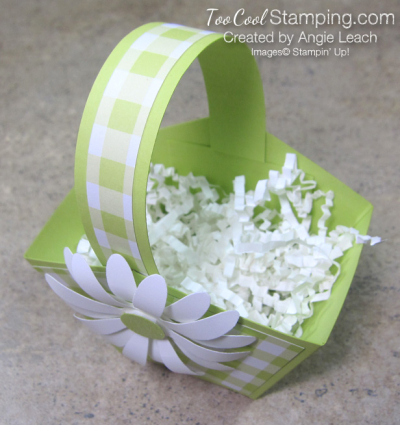 Gingham gala easter baskets - handle & shreddie