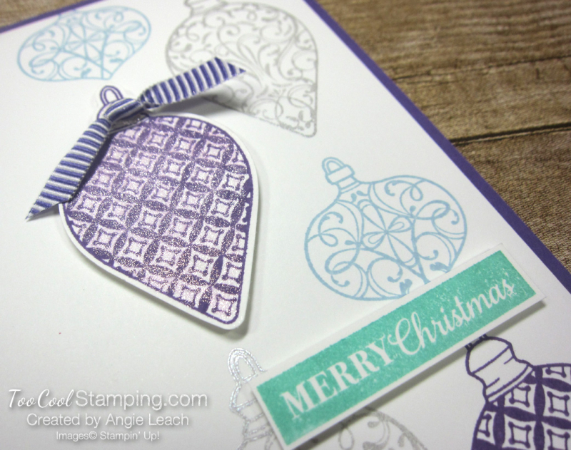 Christmas Gleaming falling ornaments - grape 2