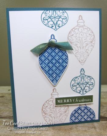Christmas Gleaming falling ornaments - peacock 1