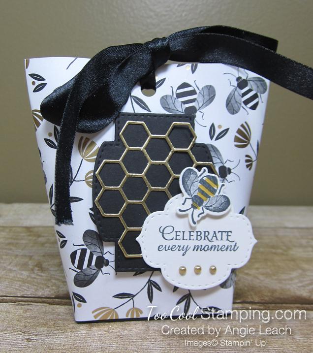 Golden honey treat pouches - white 1
