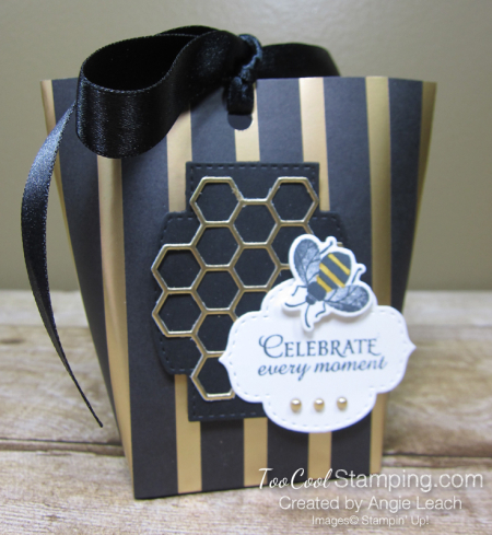 Golden honey treat pouches - black 1