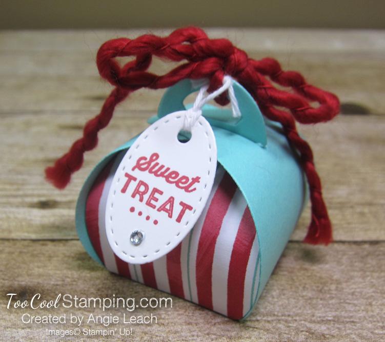 Let it snow curvy keepsakes box - sweet treat