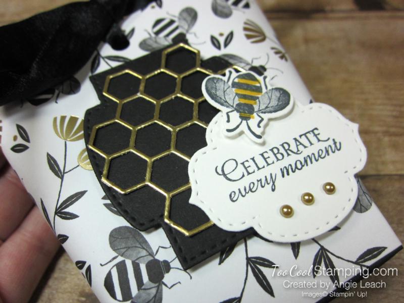 Golden honey treat pouches - white 2