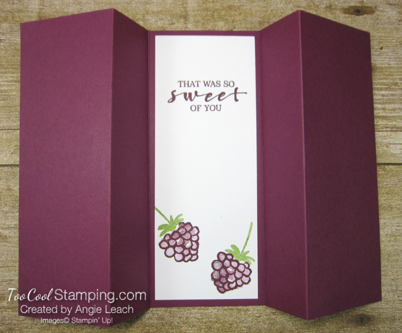 Berry blessings stand up card - razz 4