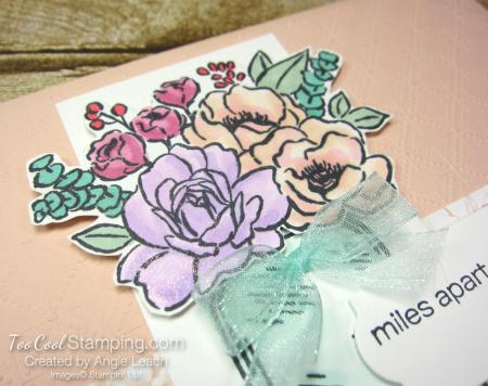 Jar of flowers miles apart - petal pink 3