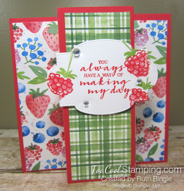 Berry blessings stand up card - bingle