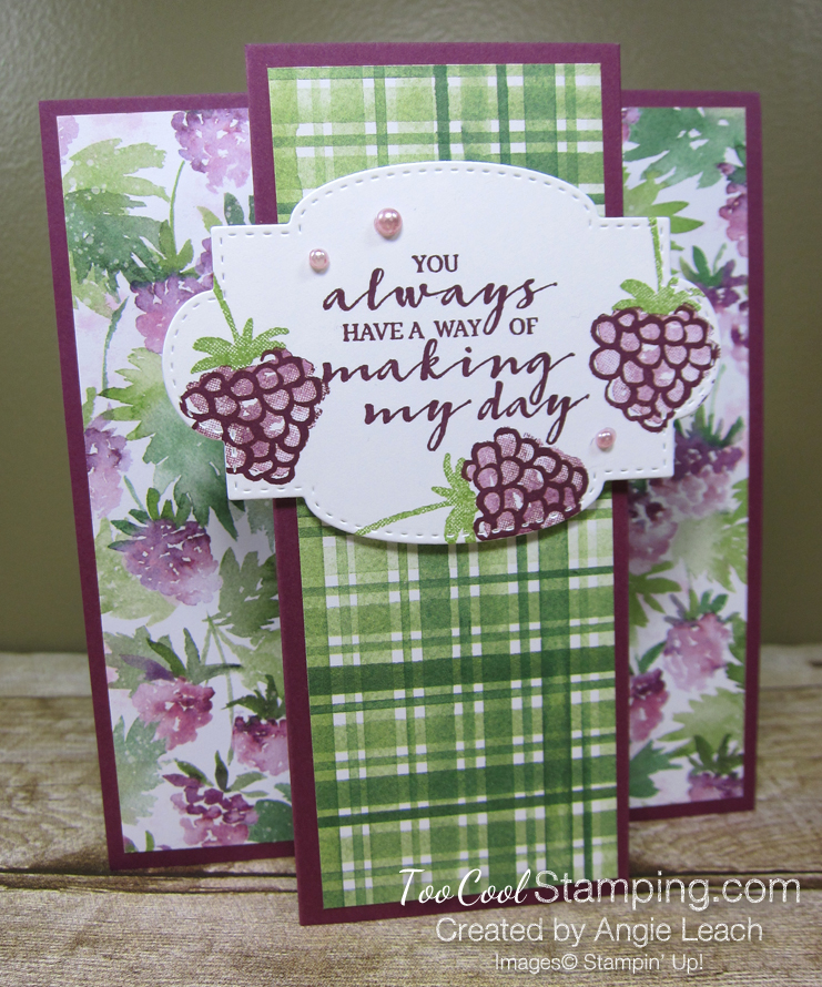 Berry blessings stand up card - razz 1